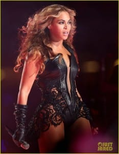 Beyonce during the 2013 Super Bowl Photo by: http://www.justjared.com/